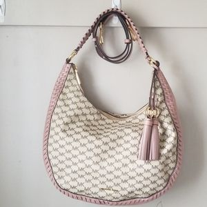 Michael kors hobo style purse with crossbody